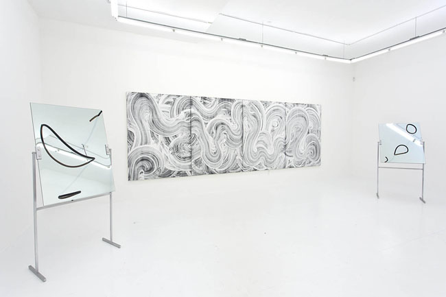 Evan Robarts, installation view Run of the Mill, 2015. Courtesy of The Hole