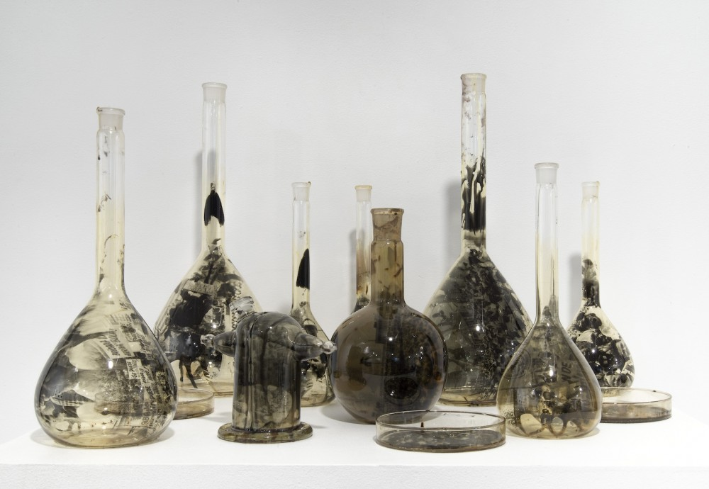 Yoan Capote, Laboratorio (2012). Courtesy of the artist and Jack Shainman Gallery, New York