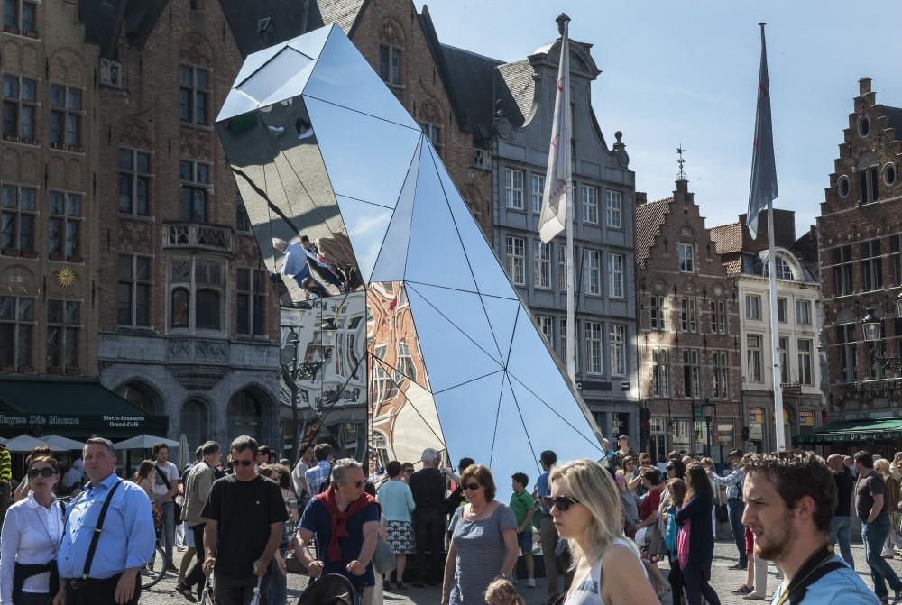 Vibeke Jensen, 1:1 Diamondscope, 2015. Photo: Piet Goethals