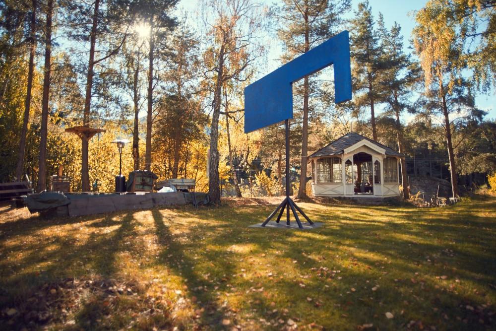 Norwegian Blue i hagen ved Harpefoss, Tarje Eikanger Gullaksen og Marius Engh. Foto: Erik Berg Johansen