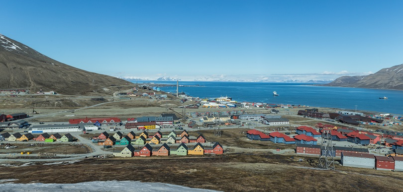 A view of Longyearbyen, Svalbard © Herman Dreyer, OCA